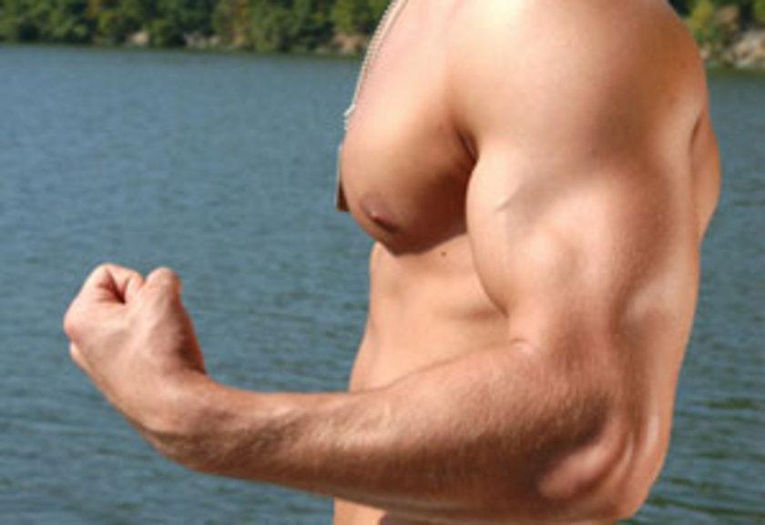 Belirli bir zaman sonra adetleri artırmanız kollarınızda gelişim için etkili olacaktır...