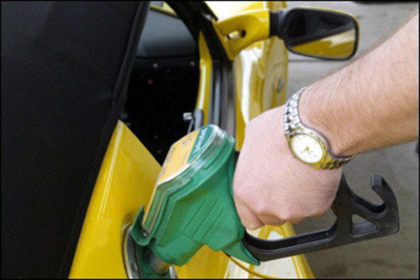 24 Ocak 2013:\nKurşunsuz benzin: 4,73\nMotorin: 4,16