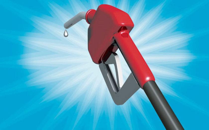 21 Eylül 2012:\nKurşunsuz benzin: 4,48\nMotorin: 3,92