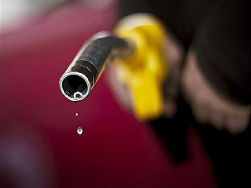 30 Eylül 2012:\nKurşunsuz benzin: 4,82\nMotorin: 4,28