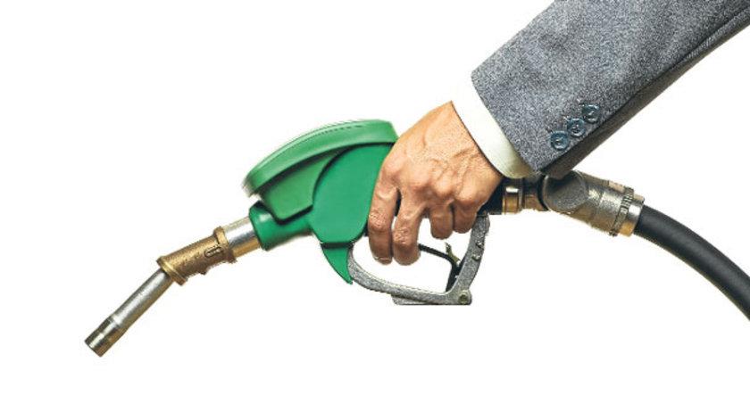 19 Eylül 2012:\nKurşunsuz benzin: 4,49\nMotorin: 3,92