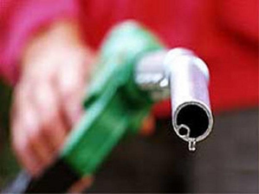 13 Nisan 2013:\nKurşunsuz benzin: 4,63 Motorin: 4,08