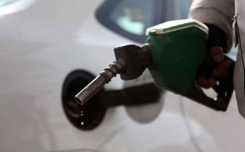14 Ekim 2012:\nKurşunsuz benzin: 4,9\nMotorin: 4,28