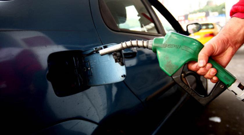 24 Ekim 2012: Kurşunsuz benzin: 4,7\nMotorin: 4,29