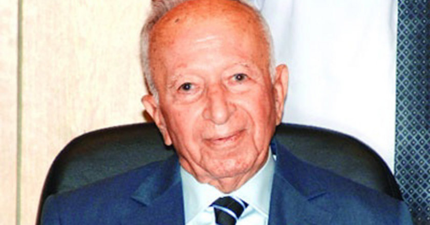Haziran 1983: Başbakan Bülent Ulusu. 12 ylül askeri yönetiminde Bülent Ulusu, bir yıllık stand-by imzaladı. Aralık'ta Turgut Özal'la yönetim sivillere geçti. Kaynak çok az kullanıldı.