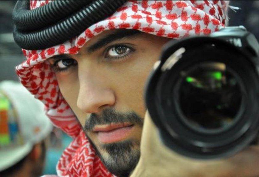 Bu ay başında 'fazla yakışıklı' oldukları iddiasıyla 3 kişi Suudi Arabistan'da sınırdışı edildi.