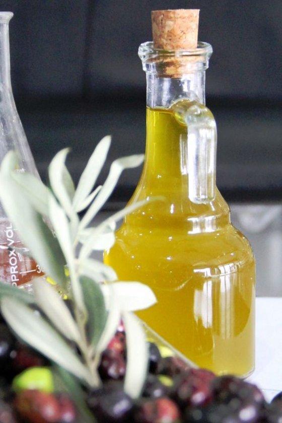 Ayçiçek ve mısıryağı gibi omega 6 türü yağlar pişirme yağı olarak kullanılırsa, ısıyla içlerindeki doymamış kısımları okside olur. Aslında doymamış olan bu yağlar, ısıtılınca bir tür doymuş yağ gibi davranır.
