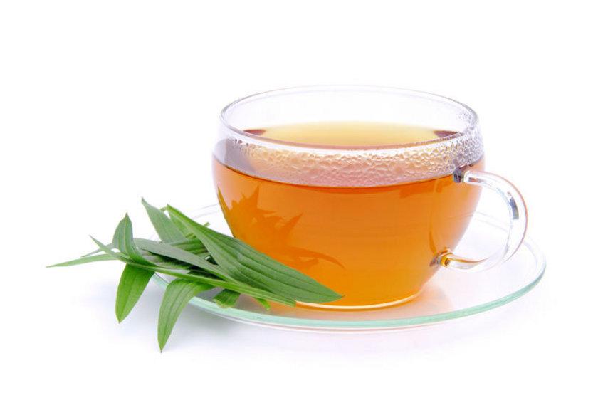 Yeşil çay ve bitki çayları.