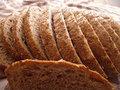 - Gluten diyetine uymakta zorlananlar bir miktar asitlenmeyi göze alıp en azından buğdaydan tamamen vazgeçerek diğerlerini kullanabilirler. Örneğin çavdar, arpa, yulaf.