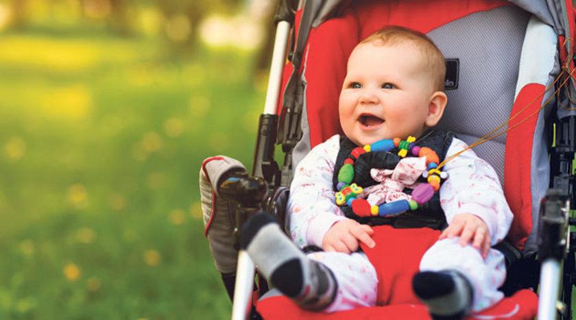 Çocuk kıyafetlerindeki bağcıklara dikkat edilmeli. Kaydırak ve oyun alanı gereçlerinde başlık kordonlarının takılması sonucu ölümle sonuçlanan kazalar meydana gelebilir.