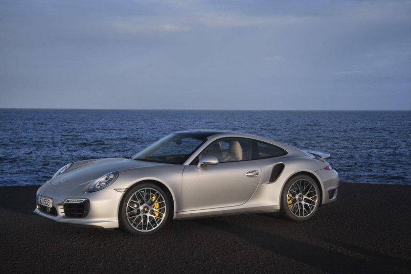 Porsche 911 Turbo-S