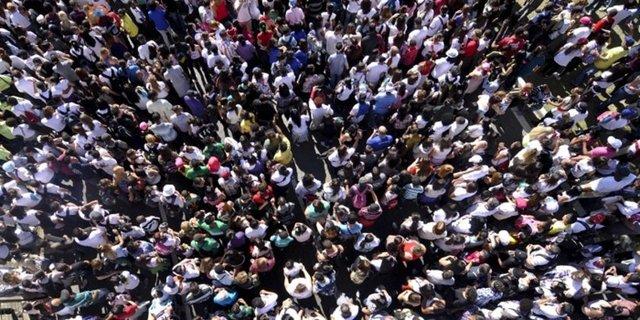 Günümüzdeki insanlar 150 yıl önce yaşamış insanlara kıyasla ortalama olarak 10 santimetre daha uzun boylular.
