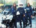 Bu kareler kadın polislerin başına bela oldu