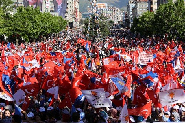 TURQUIE : Economie, politique, diplomatie... - Page 6 942dcec7ec67e2f0b837a9865af60c91_k