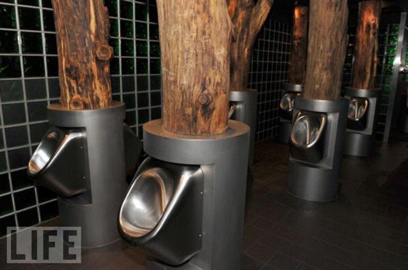 <p>Her yıl 19 Kasım'da kullanacağı tuvaleti olmayan insanların maruz kaldığı sıkıntıları duyurmak adına pek çok kampanya düzenleniyor.</p>