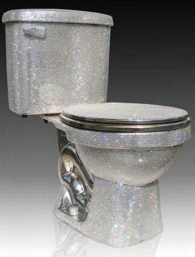 <p>Birleşmiş Milletler Genel Kurulu, 19 Kasım'ı Dünya Tuvalet Günü ilan etti.</p>