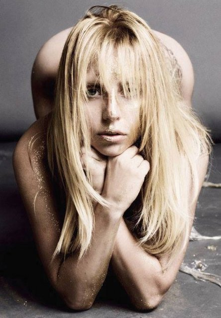 3a7252ec5be55f42a110b6bf54ede062 k?1376549306 - Lady Gaga