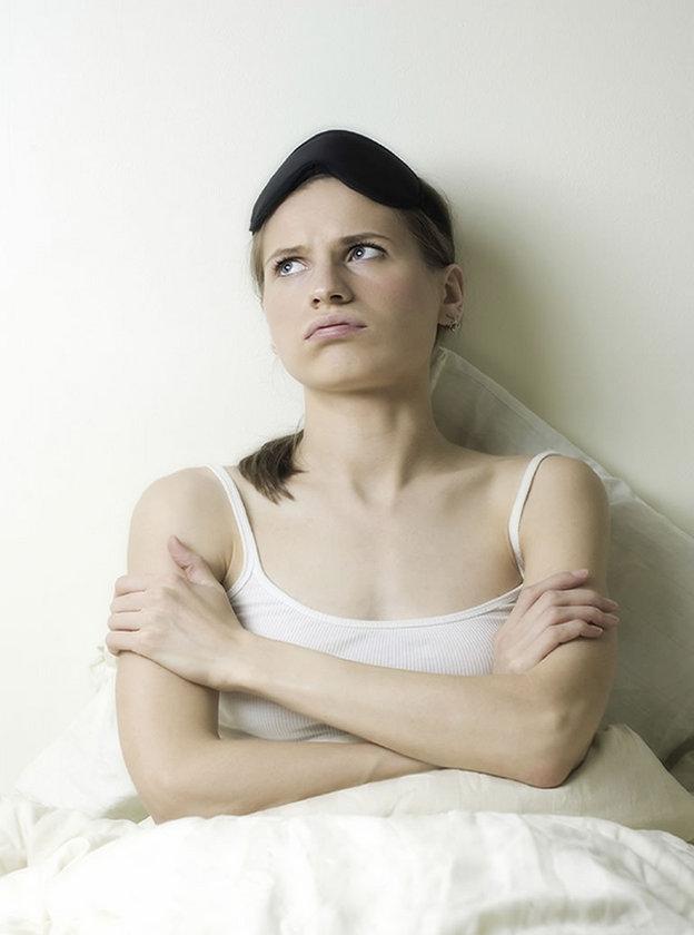 Bu durum, gece uykuda ortaya çıkan birçok anormalliğin sonucu olabilir.