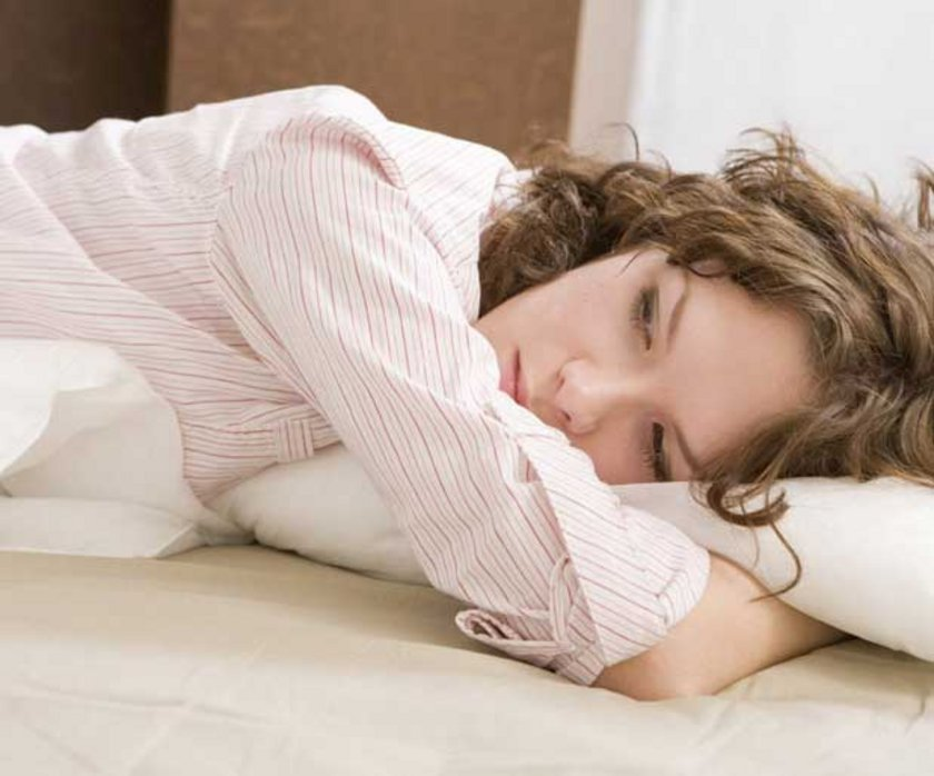 \nÇünkü uykusuzluk nedeni anlaşılmadan verilen uyku ilaçları, kalıcı uyku düzensizlikleri yapabilir. Bu nedenle uyku tetkikleri yapılmadan tedaviye başlamamak gerekir.