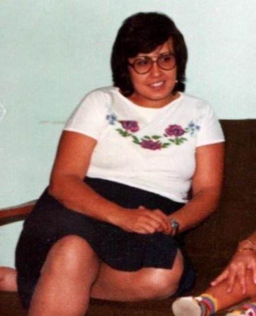 Akrep Nalan 26 NİSAN 1954'de Ankara Yenimahalle'de doğdu