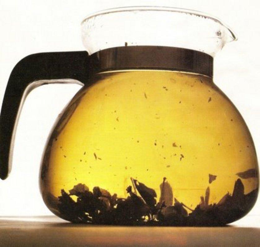 Bitki çaylarının düzenli olarak günde 2 çay bardağı tüketilmesi idealdir.