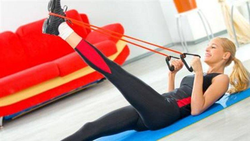 6) Düzenli egzersiz yapmaya özen gösterin. Spor yapmak bağışıklık sisteminizi güçlendirir.