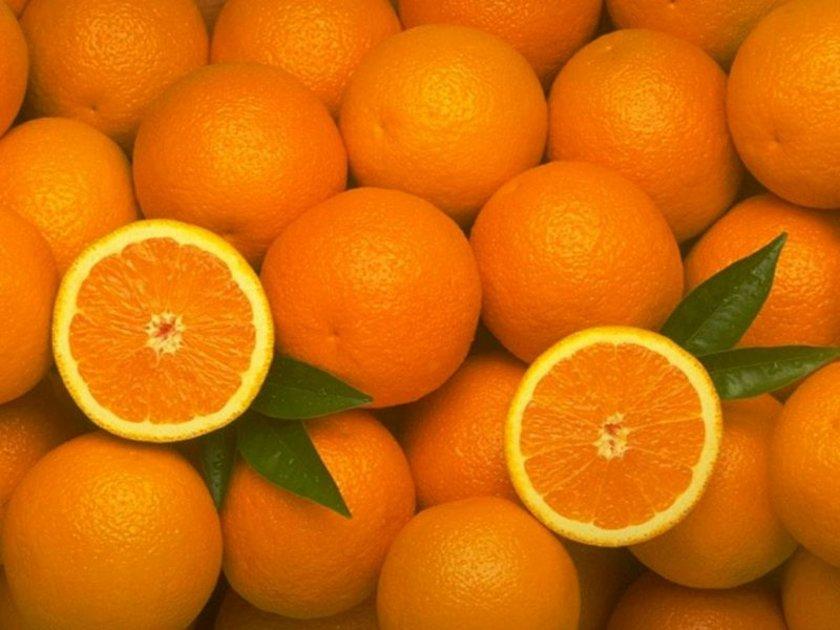 PORTAKAL: C vitamini yönünden oldukça zengindir. Bağışıklık sistemimizi güçlendirerek hastalıklara karşı korur. Portakal içerdiği A, B1, B2, P vitaminleri, potasyum, kalsiyum ve magnezyum yönünden de zengindir.