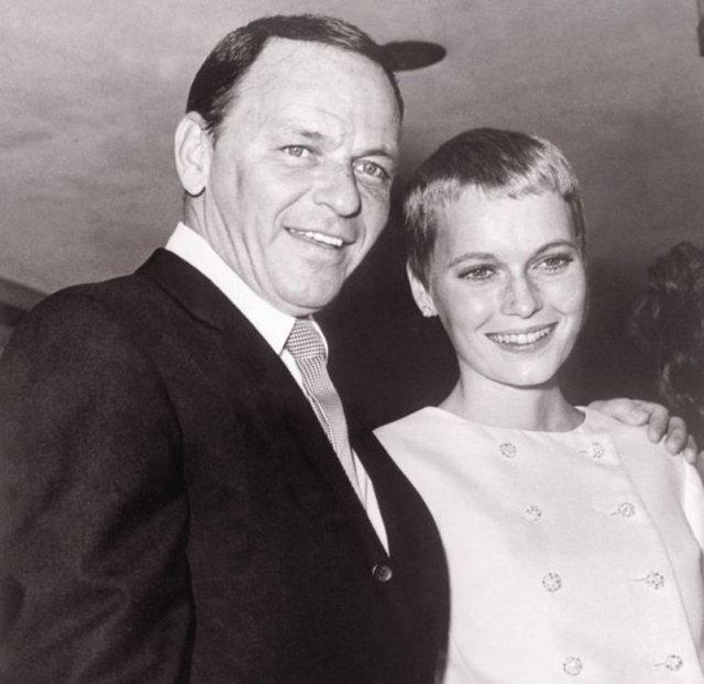 Dünyaca ünlü yönetmen Woody Allen'in eski karısı Mia Farrow, 25 yaşındaki oğlu Ronan'ın Allen'in değil, bir dönem evlilik yaşadığı ve boşandıktan sonra da birlikte olduğu ünlü aktör Frank Sinatra'dan olabileceğini söyledi.
