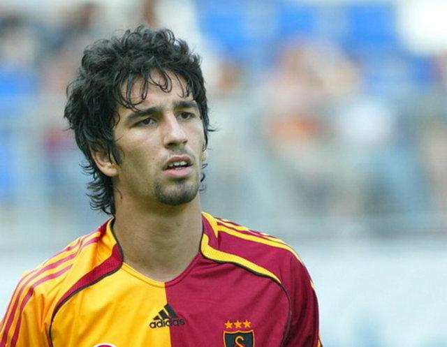 9 Ağustos 2011 tarihinde Galatasaray'dan Atletico Madrid'e 32,5 milyon TL (12 milyon Euro) bonservis bedeliyle transfer olan Arda Turan'ın bugünkü piyasa değeri, yüzde 106'lık artışla 67 milyon TL'ye (25 milyon Euro) ulaştı.