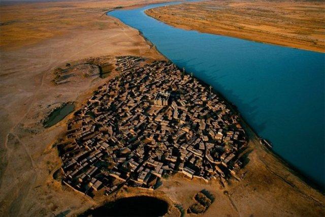 Niger Gölü Kıyısı, Mali