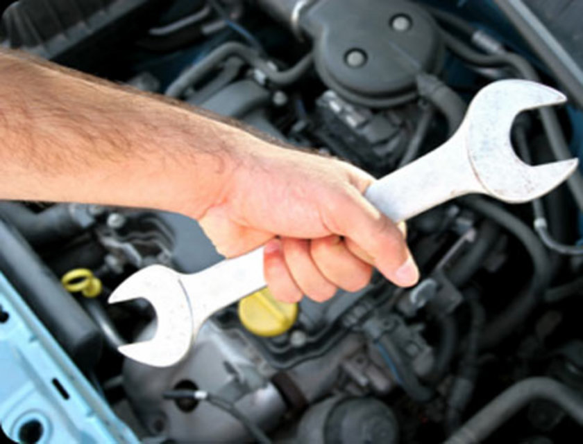 Kirlenmiş bujiler, kirli hava filtresi veya tıkalı yakıt filtresi yakıt tasarrufunuzu olumsuz bir şekilde etkiler. Bakımı iyi yapılmış bir motor yakıt tasarrufunu yüzde 4'e kadar artırabilir.