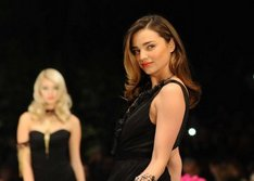 Miranda Kerr Hollywood yolunda