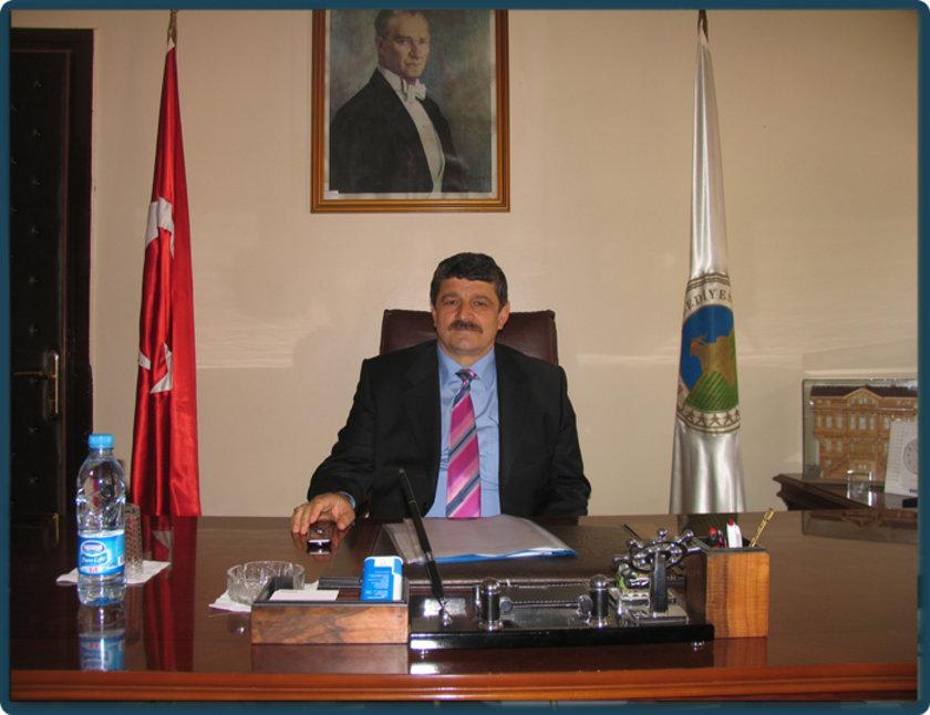 BARTIN... MHP'li Cemal Akın 2009'da %39,90 ile kazandı. AK Parti'nin Bartın Belediye Başkan Adayı Seyfettin Kalay oldu