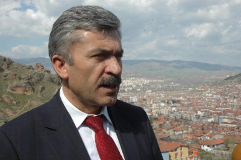 TOKAT... AK Parti'li Adnan Çiçek 2009'da %49,61 ile kazanmıştı. Eyüp Eroğlu AK Parti Tokat Belediye Başkan Adayı oldu