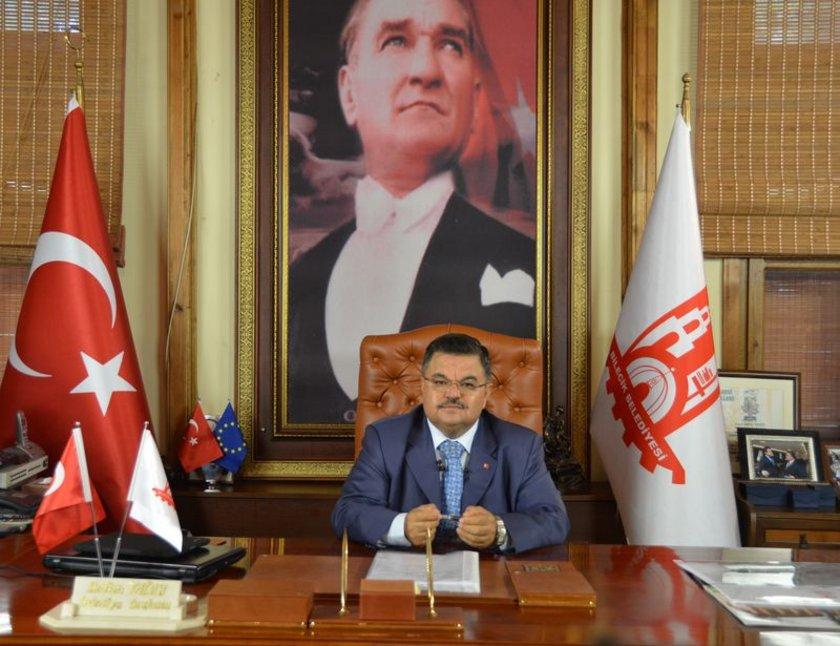 BİLECİK... AK Parti'li Selim Yağcı 2009'da %38,24 ile kazandı. Selim Yağcı yeniden AK Parti Bilecik Belediye Başkan Adayı oldu