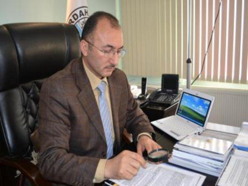 ARDAHAN... AK Parti'li Faruk Köksoy 2009'da %36,91 ile kazandı. Faruk Köksoy yeniden Ak Parti Ardahan Belediye Başkan adayı oldu