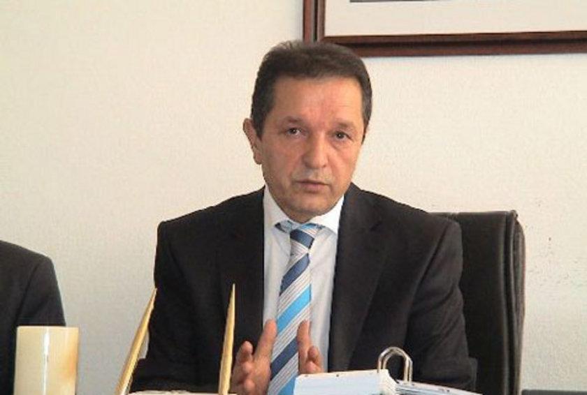 SİNOP... CHP'li Baki Ergül 2009'da %52,08 ile kazanmıştı. Ak Parti'nin Sinop Belediye Başkan Adayı Hamza İnce oldu