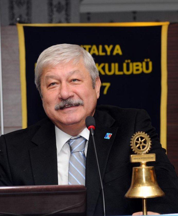 ANTALYA... CHP'li Mustafa Akaydın 2009'da %40,79 ile kazandı.