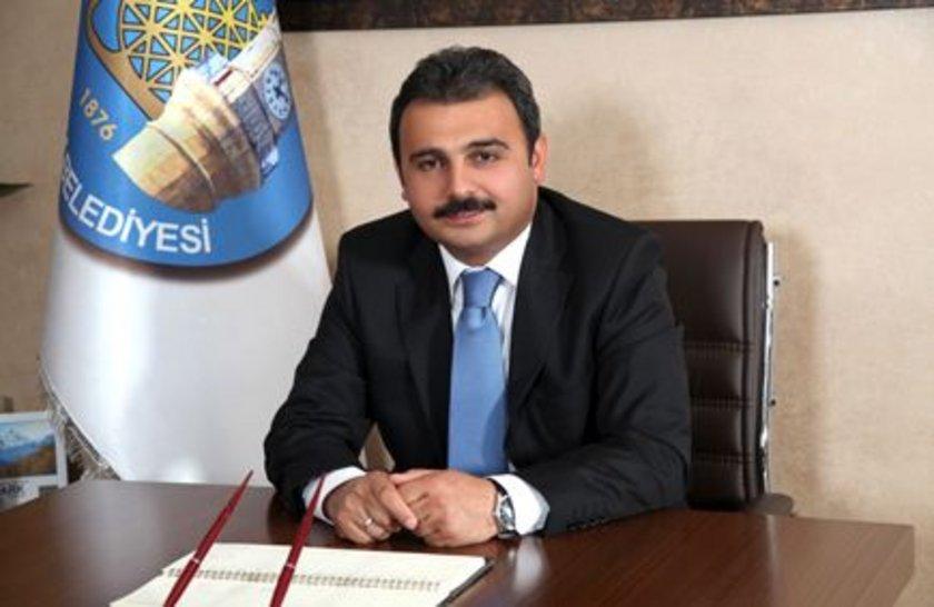 ÇORUM... AK Parti'li Muzaffer Külcü 2009'da %45,70 ile kazandı. AK Parti'nin Çorum Belediye Başkan Adayı yenide Muzaffer Külcü oldu
