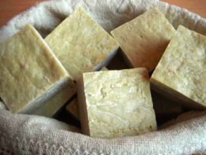 Mantar, egzama ve deri hastalıklarında kullanılabilir.
