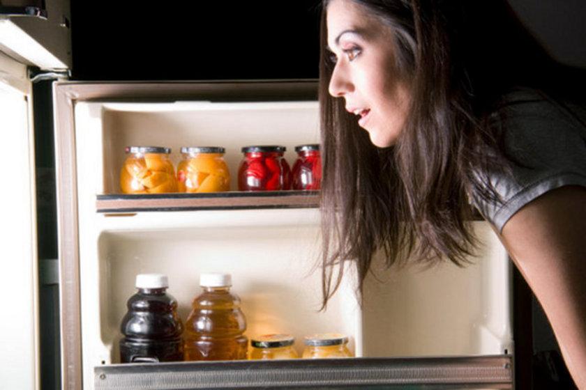 Diyet yaparken tüm besinleri tüketin ki herhangi bir eksiklik oluşmasın.
