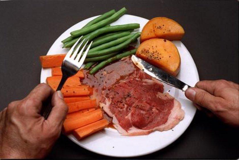 Protein ve mkarbonhidrat açısından zengin bir beslenme diyeti uygulayabilirsiniz.