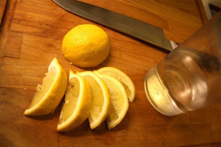 Limon, sindirim sisteminden bağışıklık sistemine destek olmaya, viral enfeksiyonlardan iltihap azaltmaya varıncaya kadar sağlığınız için oldukça önemlidir.