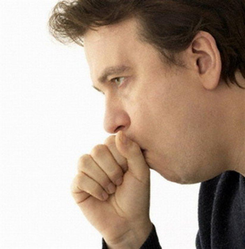 Doktora danışılmadan öksürük şurubu kullanılmamalıdır. Kuru bir öksürükte, öksürük söktürücü şurup kullanımı öksürüğün şiddetinin artmasına neden olabilir. \n