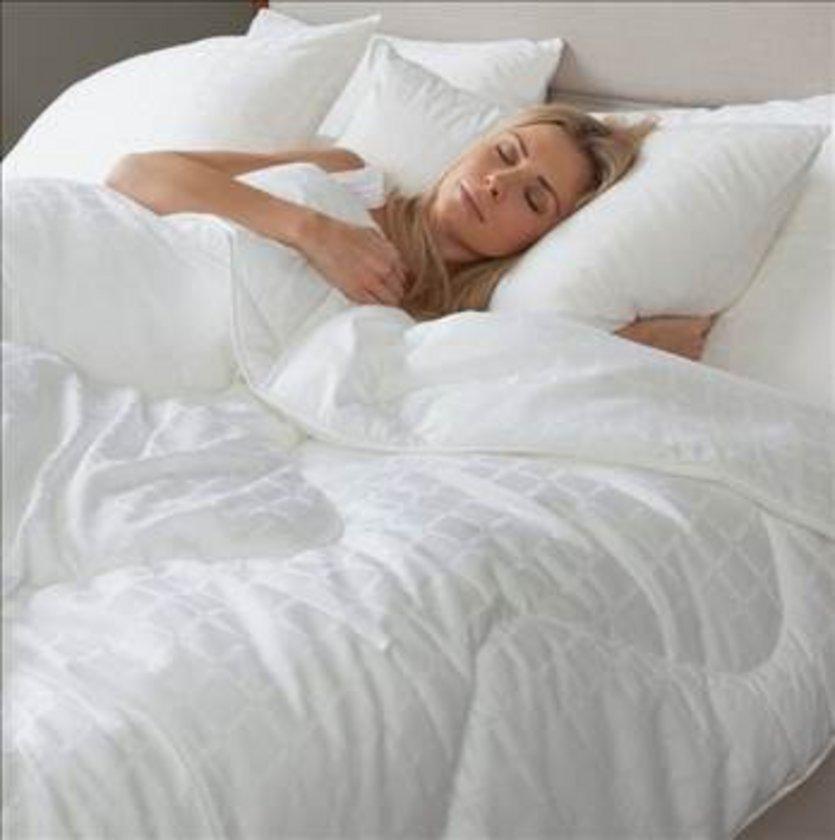 KURU HAVA: Odanızdaki o kuru, soğuk kış havası burnunuzdaki nemi ciddi anlamda kurutabilir.