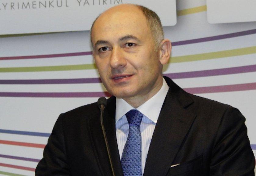 Erman Ilıcak<br>\nRönesans Holding Yönetim Kurulu Başkanı. ODTÜ İnşaat bölümü mezunu.
