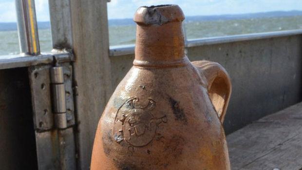 Araştırmacıları şaşırtan 200 yıllık şişe