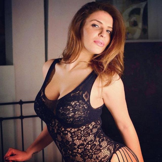 Türk Liseli Kızlar  Porno Resimleri