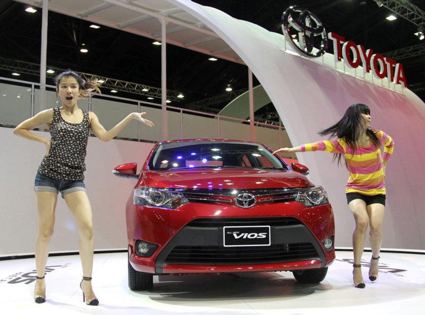 Toyota Vios İlk üretim tarihi: 2002 Yaş: 12\n