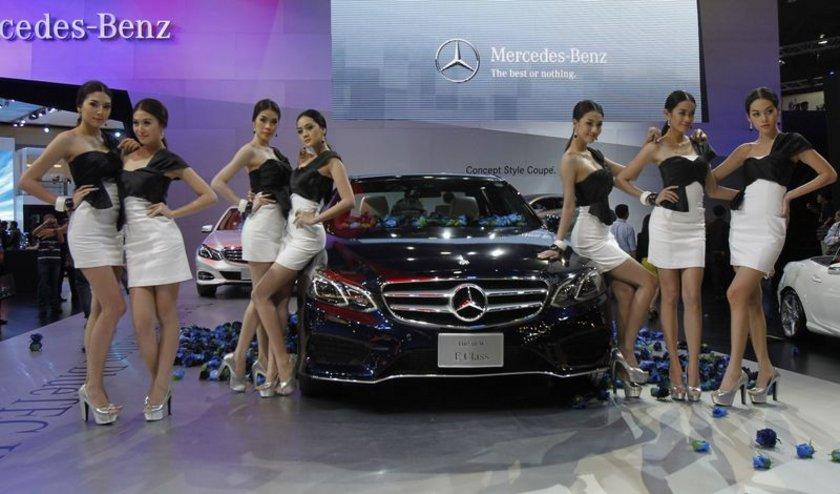 Mercedes E Class İlk üretim tarihi: 1996 Yaş: 18\n
